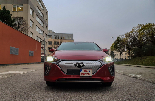 Hyundai Ioniq Electric 2019 (2 of 25)