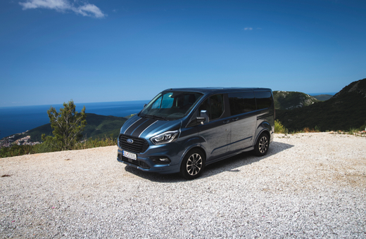 Ford Custom Tourneo Sport