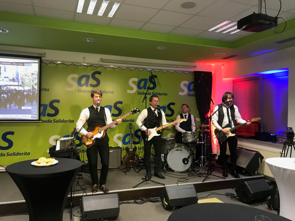 Beatles Revival Band na SaS